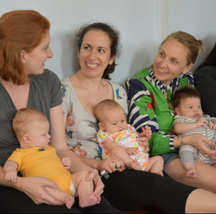 A community of moms in a new mother support group in DC
